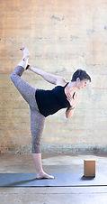dancer robbin-XL.jpg