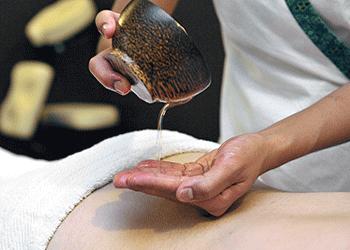 Massage Californien huiles aromatiques