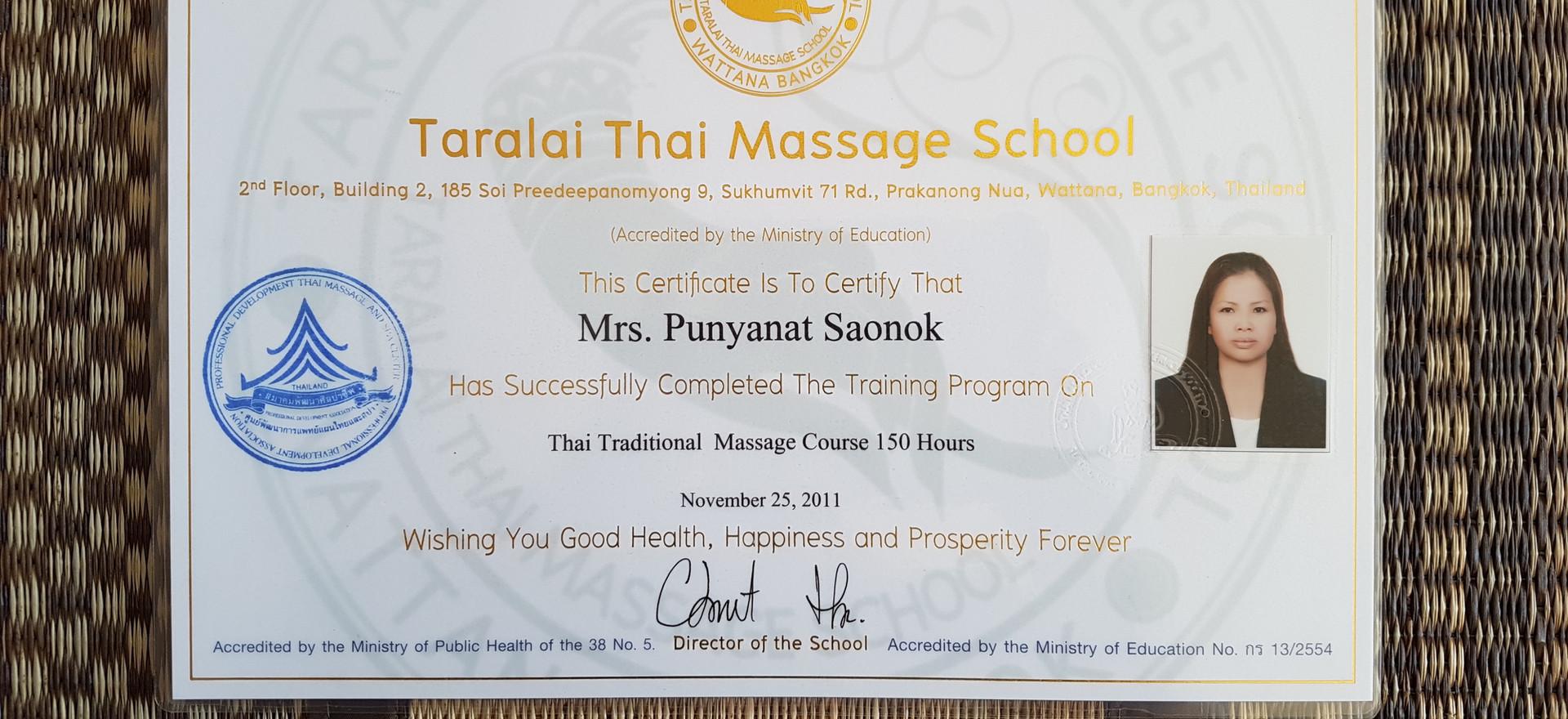 diploma Wat Po thai traditional 2.jpg