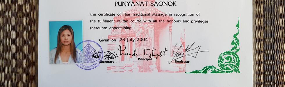 diploma Wat Po thai traditional.jpg