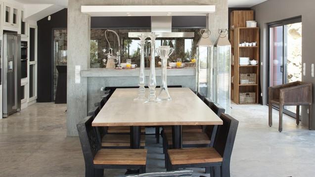 image_villazenith-diningroomgroundfloor1