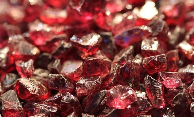 garnet-stones.jpg