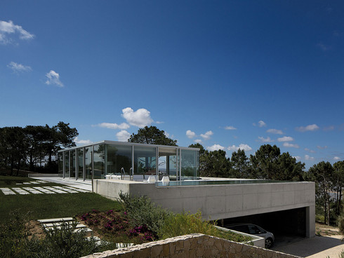 Rainha Villa by AABE Atelier d'Architecture Bruno Erpicum & Partners