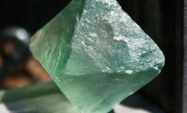 fluoriteoctahedron.jpg