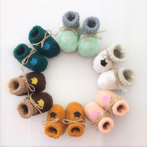 Chaussons bébés /semelles cuir/intérieur rembourré - 3 mois