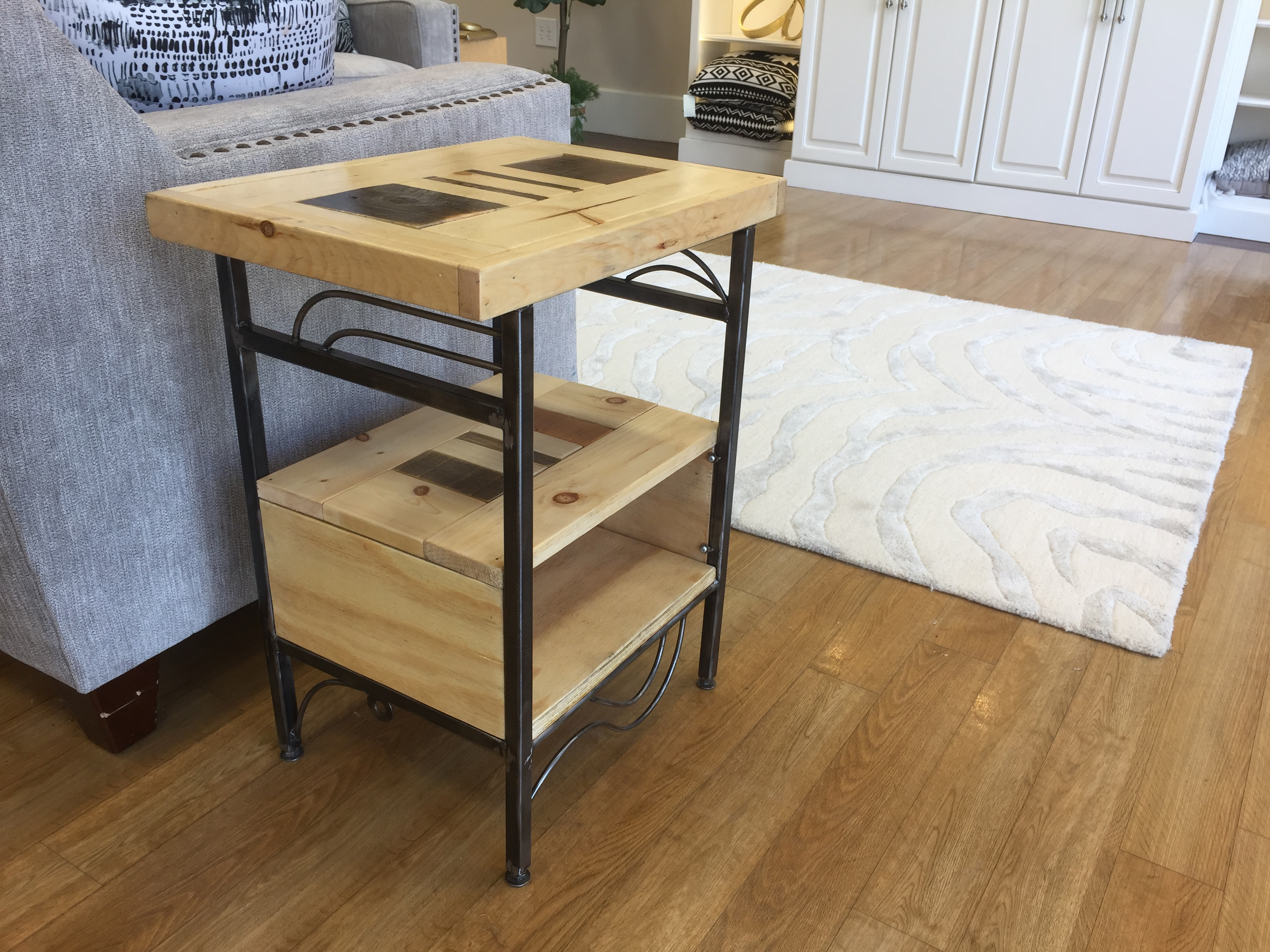 Springfield Terrace Collection_End Table #1