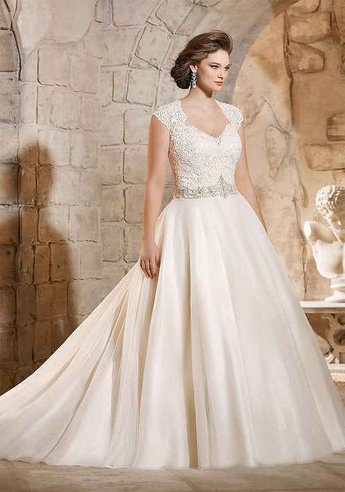 Morilee Style #3185