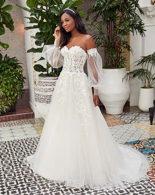 Casablanca Style #BL352 Dayna