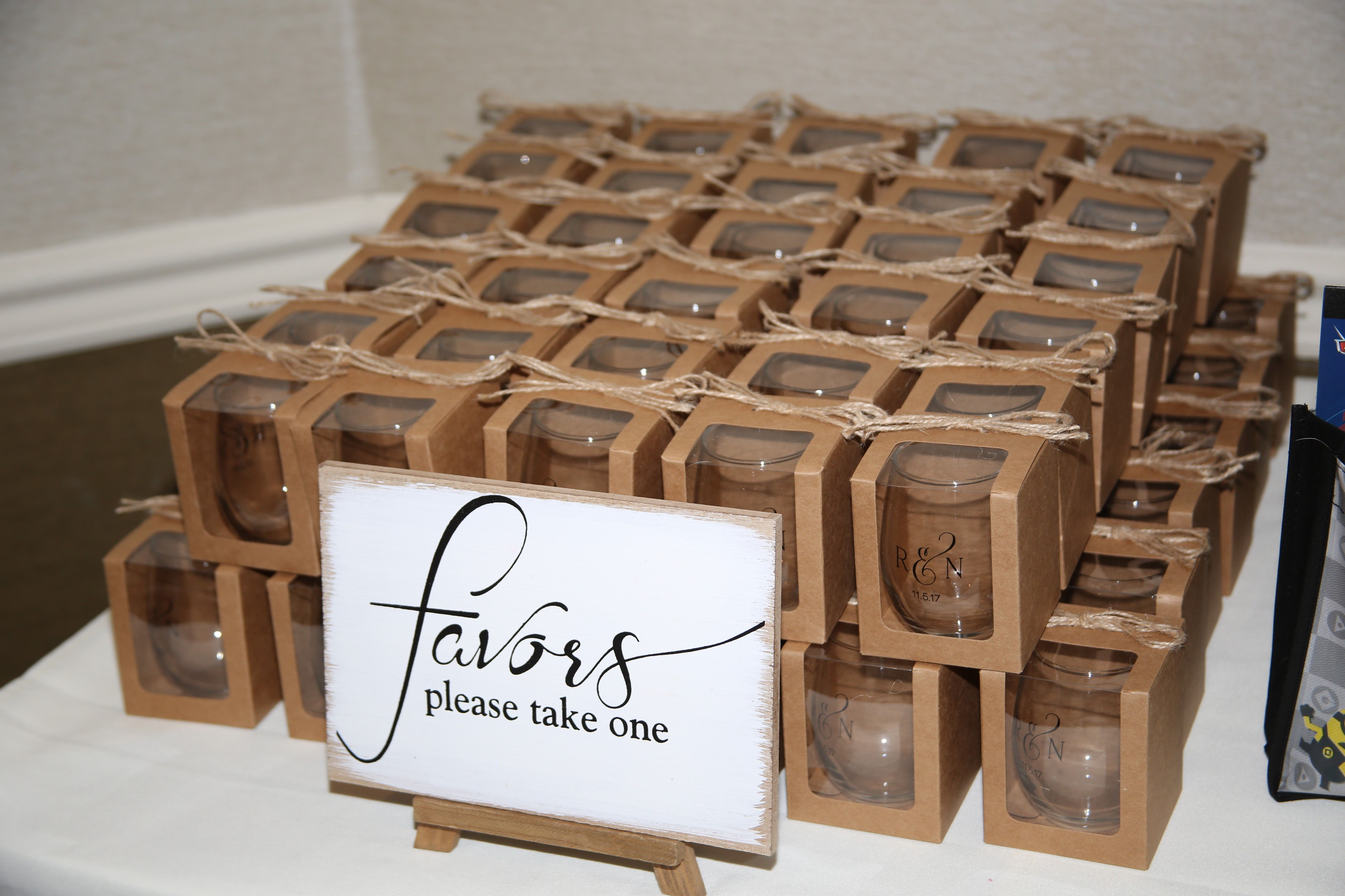 Vintage and Simple Favors