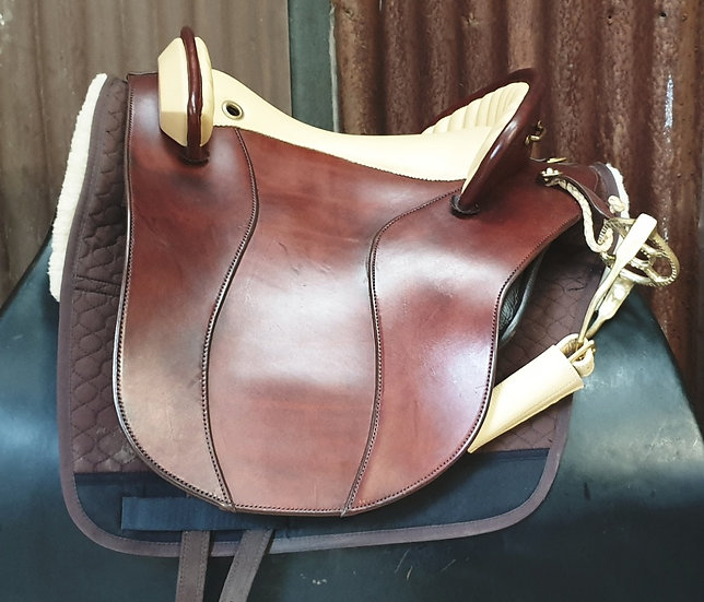 DP Orleans Baroque Saddle