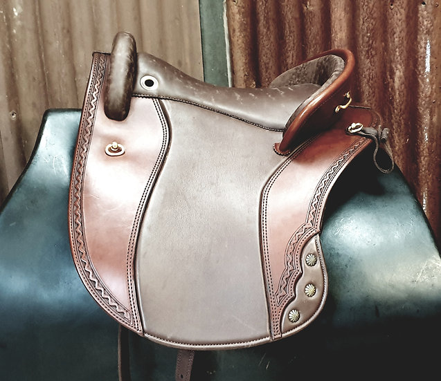 DP Ronda Deluxe Baroque Saddle