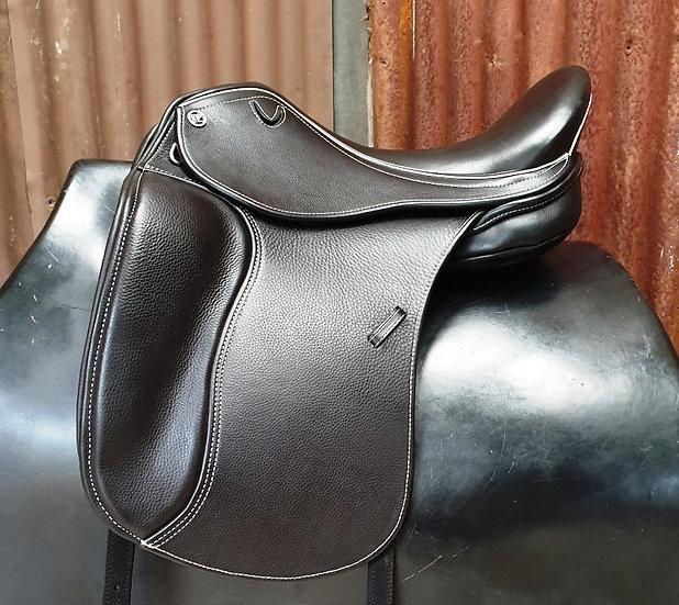 Ex Demo DP Avante Dressage Saddle