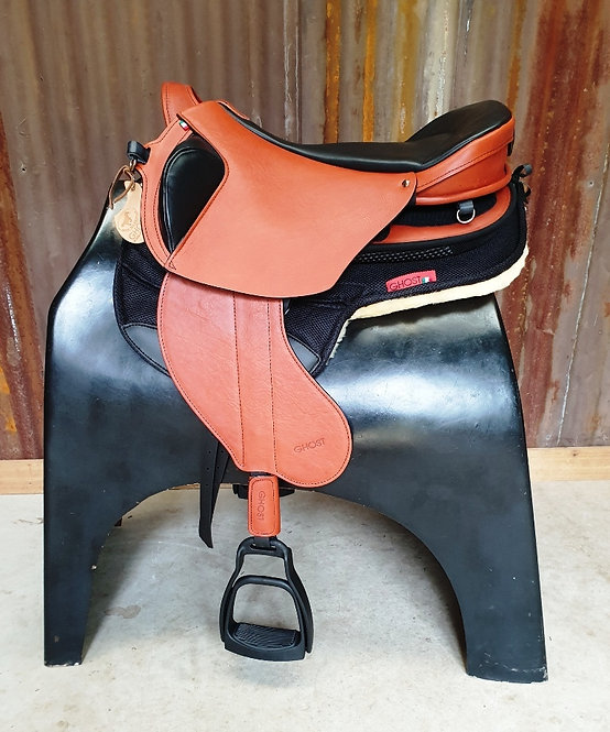 Ghost Quevis Saddle