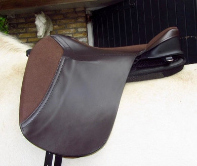 Ghost Classic Lipica Saddle