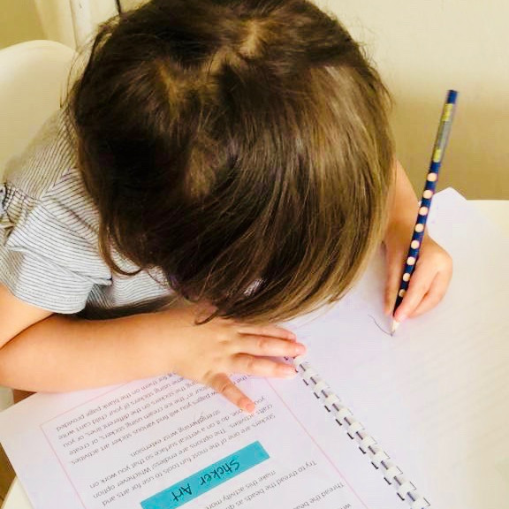 Supporting Your Left-Handed Child