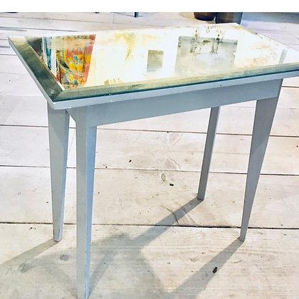 Elegant Mirrored Side Table
