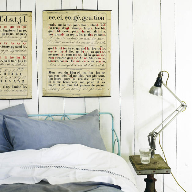 Rustic panelled walls in guest annexe%20POSTERS%205_edi