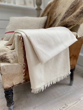 KHADI HANDWOVEN WOOL THROW- CREAM