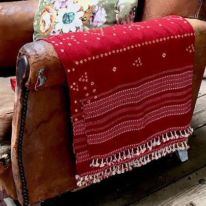 Artisan Bandhari wool throw/scarf red and pink