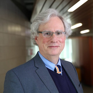 Richard Thomas Selected as Master Teaching Scholar UIC Business