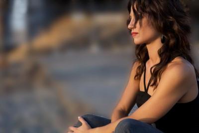 sad-girl-looking-away