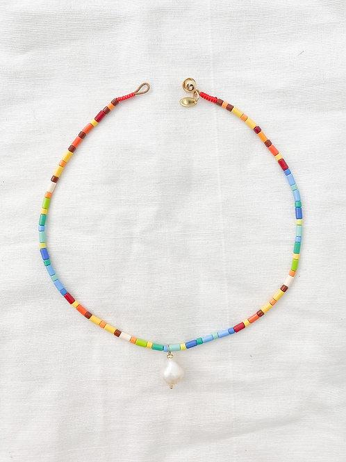 AGUA SANTA   Rainbow Beads & Single Pearl Necklace