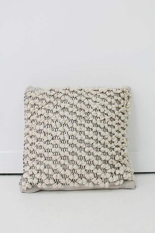 Knotted Pattern Pillow