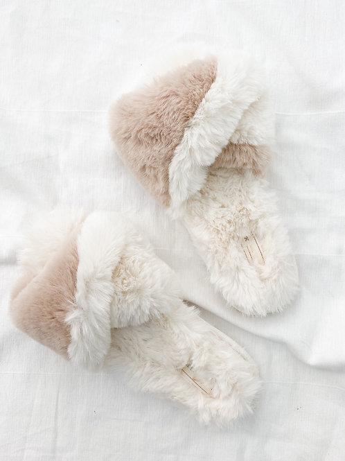 OAK Furry Slides |  Nude Two Toned