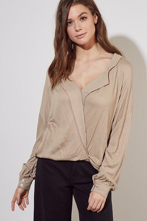 The Brea Crossover Top | Taupe