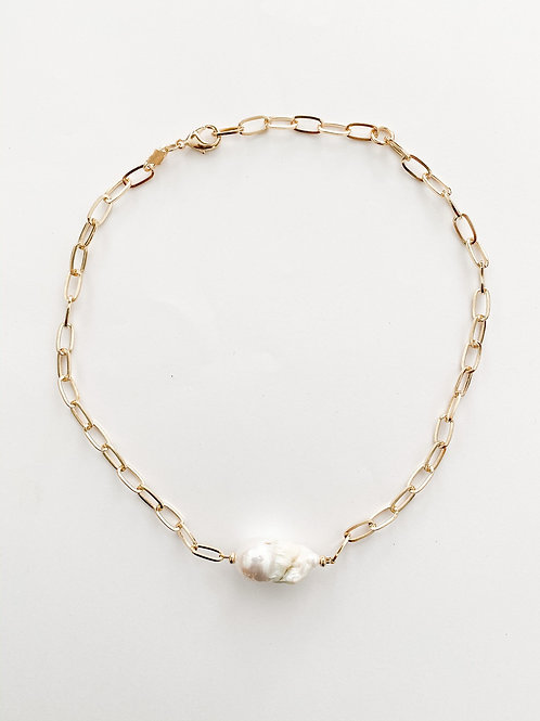 Agua Santa | Pearl and Chain Necklace