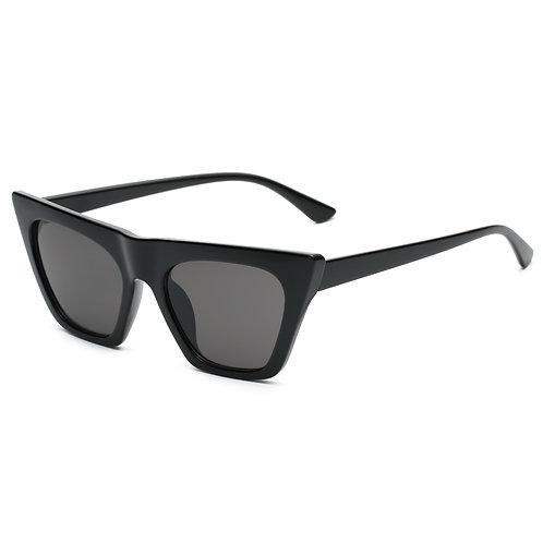 Cramilo Eyewear | Black Retro Cat Eye Sunglasses