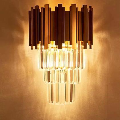 Stepper crystal wall light