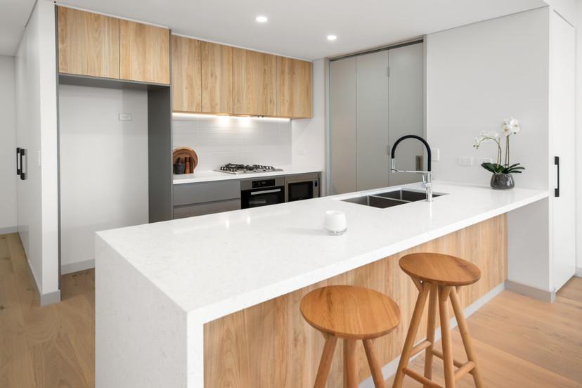 303 Kitchen.jpg
