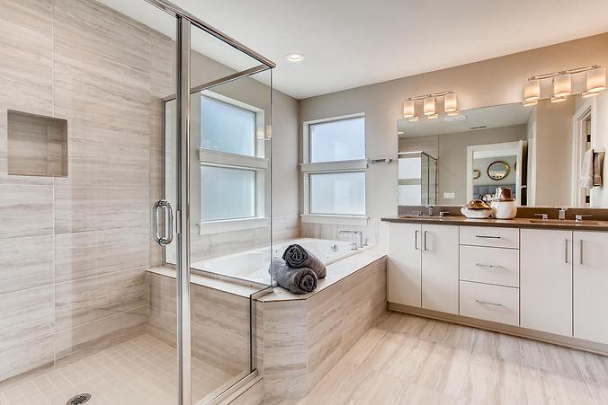 16664 SW Hart Road Beaverton-large-016-010-2nd Floor Master Bathroom-1500x1000-72dpi.jpg