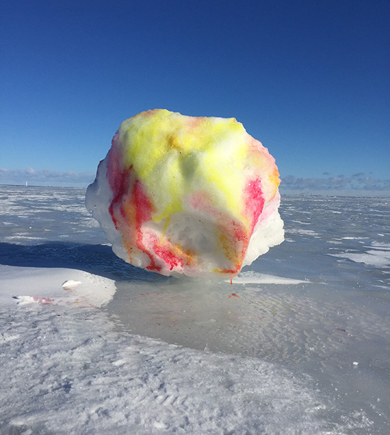 Snow Painting on the frozen Sea