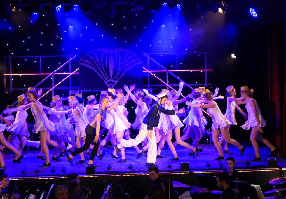 42nd Street Costumes