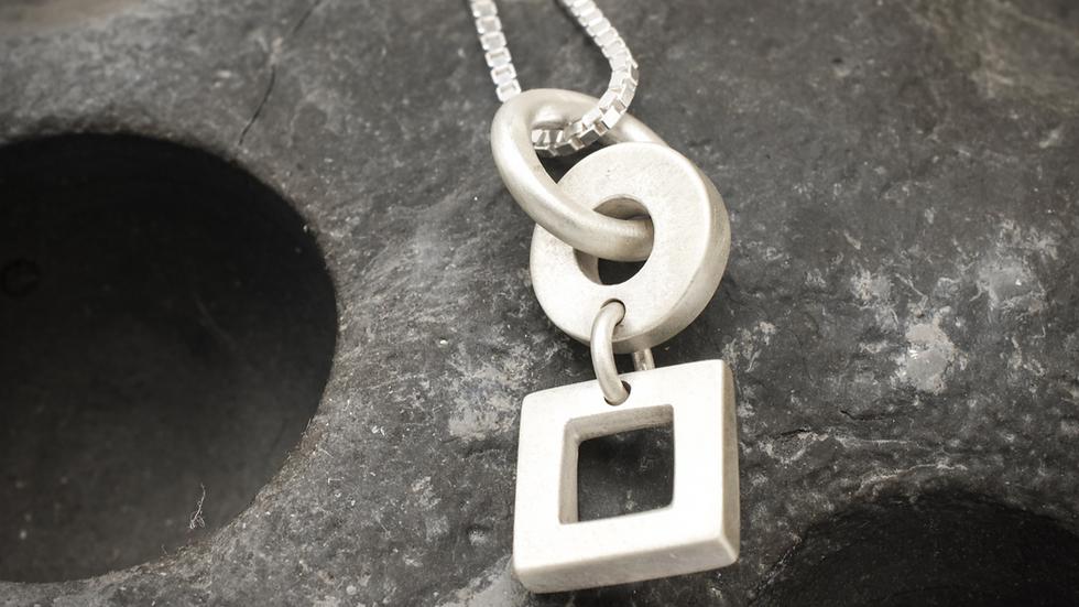 Silver circle & square pendant