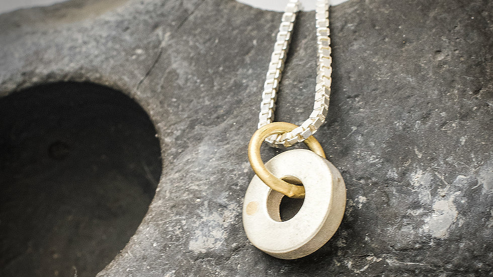 Silver & 18ct yellow gold circle pendant and chain