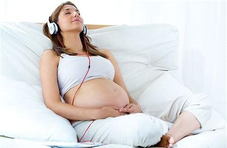 hypobirthing mum2.jpg