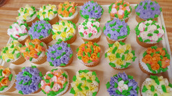 Cupcakes With Flowers 21