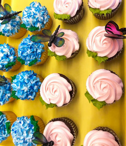 Dragon Fly Cupcakes 17