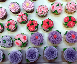 More Flower Cupcakes 15