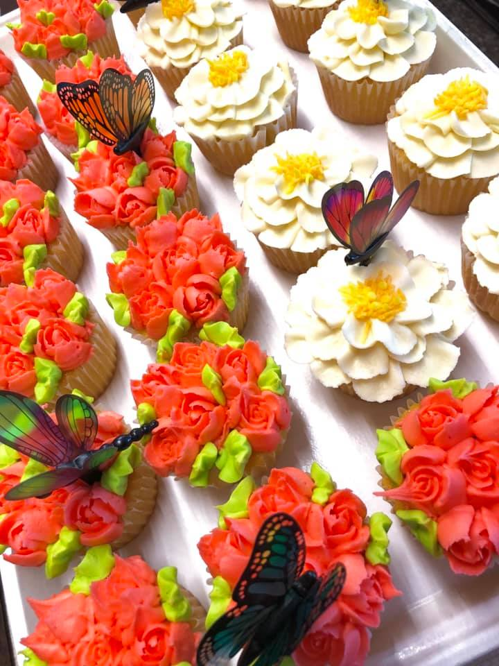 Dragon Fly Cupcakes 2