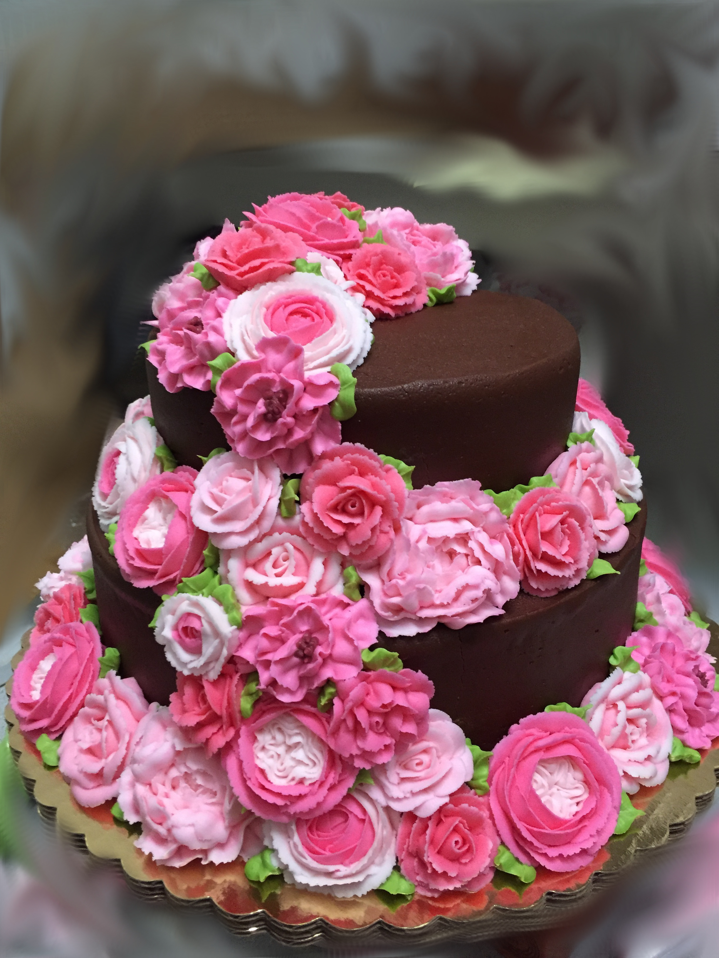 2 tier covered in pink flowers 8