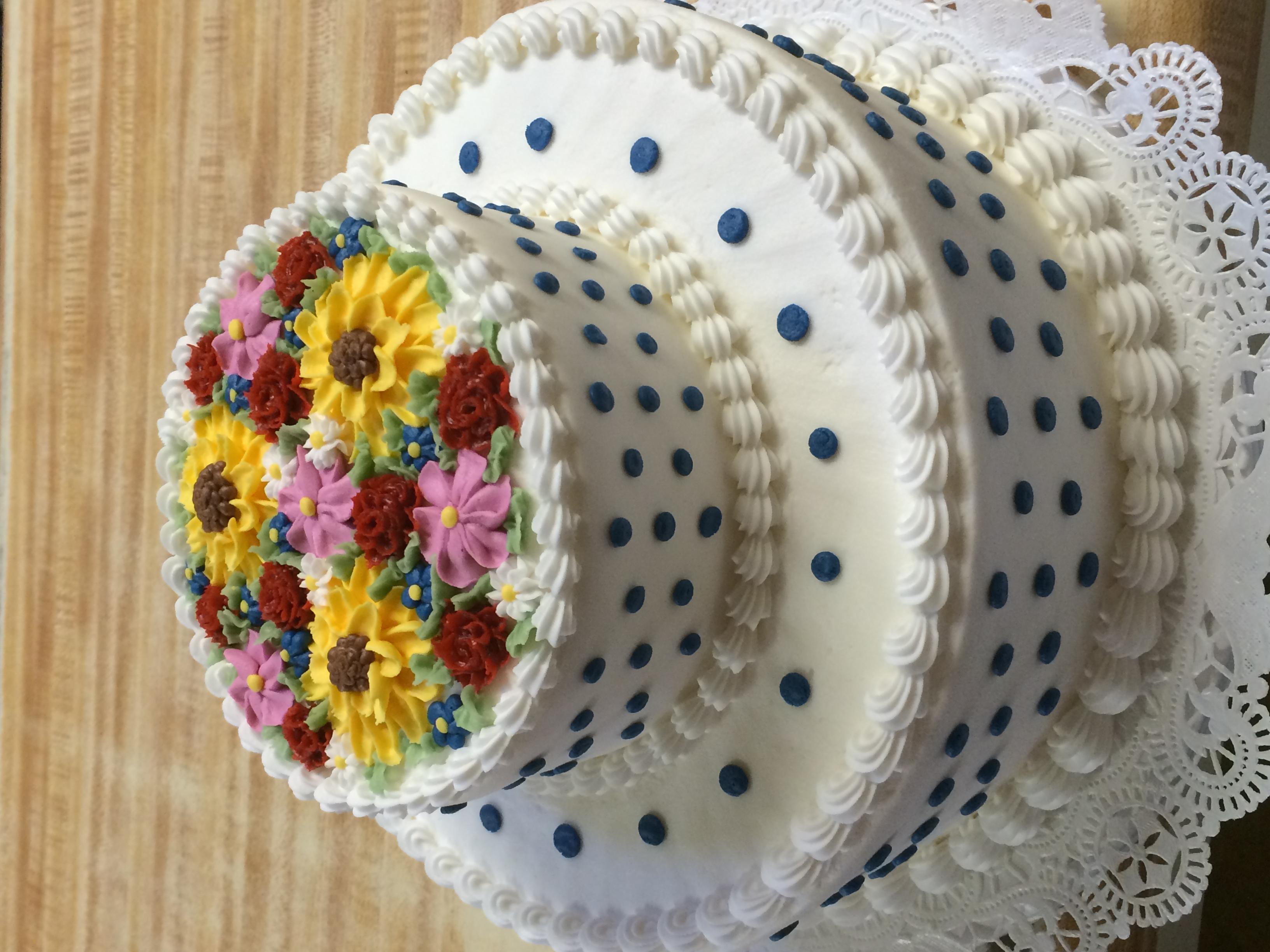 Flat Flower Polka Dot Cake 47