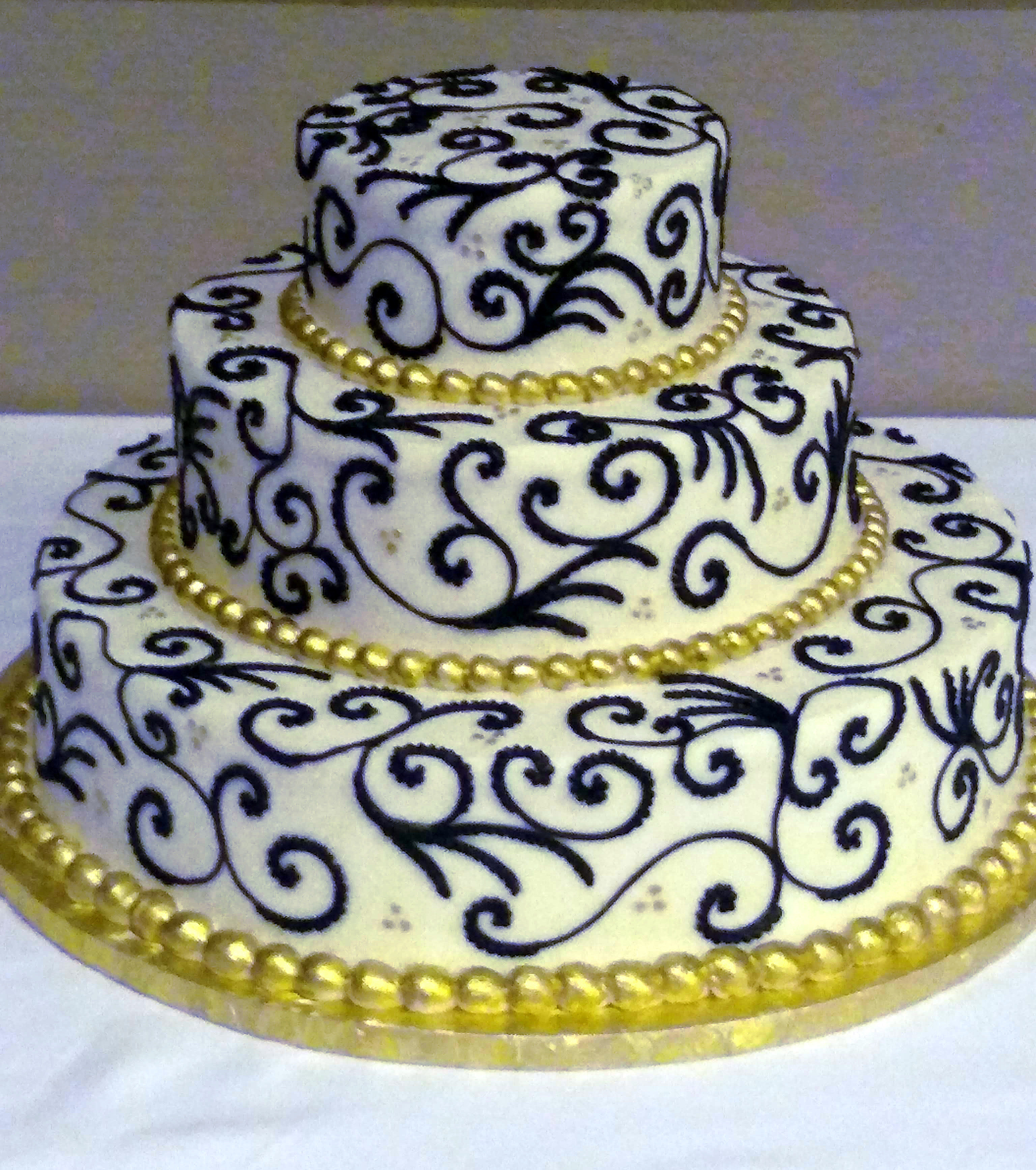 Black and Gold Cake