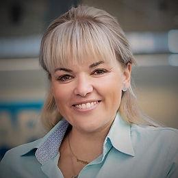 Hana je od srpna 2018 generální ředitelkou české pobočky SAP, patří mezi 100 nejvlivnějších žen Česka a zajímavostí je její nedávné zapojení do výběru nového HR ředitele.