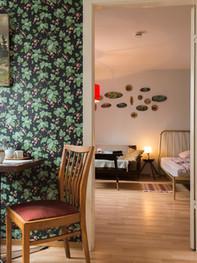Gastzimmer-Regina Essbereich.jpg
