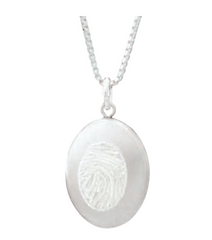 oval locket 10.png
