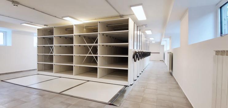 Frame - The mobile shelving